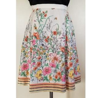 オフオン(OFUON)のOFUON オフオン スカート 花柄 36サイズ(ひざ丈スカート)