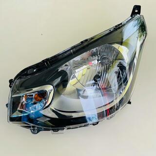 ミツビシ(三菱)の美品 三菱 ekワゴン B11W ヘッドライト 左 ハロゲン 8301C575(車種別パーツ)