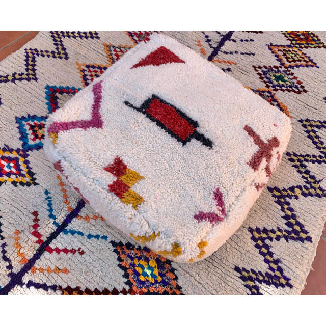 モロッコ プフ pouf アジラル オットマン クッション ラグ インテリア/住まい/日用品のソファ/ソファベッド(オットマン)の商品写真