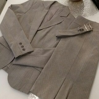 アンタイトル(UNTITLED)のスーツスカート (スーツ)