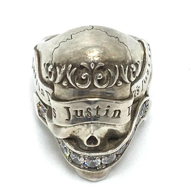 Justin Davis(ジャスティンデイビス)のジャスティンデイビス ロゴ リボン ブレッシング リング・指輪 シルバー メンズのアクセサリー(リング(指輪))の商品写真