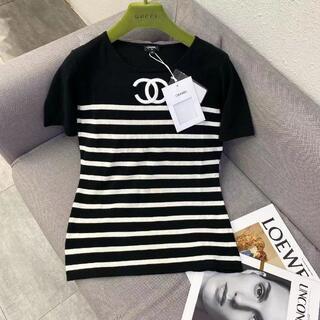 CHANEL - CHANEL黒と白の縞模様のセーター