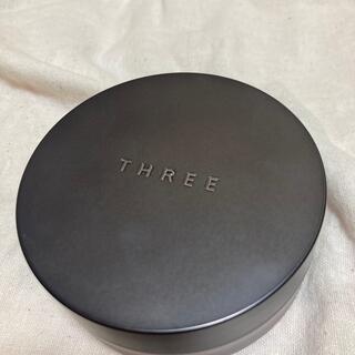 THREE - THREE アドバンスドエシリアルスムースオペレーター ルーズパウダー02