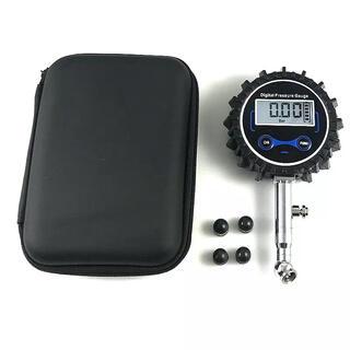 エアゲージ 低-中圧 電池式 バックライト ケース付(メンテナンス用品)