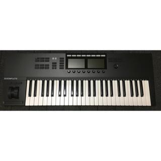NI KOMPLETE KONTROL S49 MK2(MIDIコントローラー)