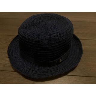 ファミリア(familiar)のファミリア(帽子)