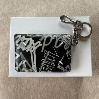 マルタンマルジェラ(Maison Martin Margiela)の黒新品 メゾン マルジェラ グラフィティ キーリング 折り財布 カードケース(財布)
