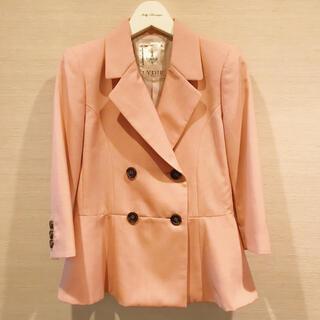 ドゥーズィエムクラス(DEUXIEME CLASSE)のLYDIE ぺプラム ピンク ジャケット 新品未使用(テーラードジャケット)