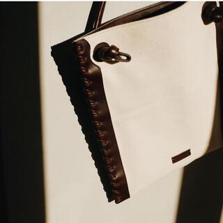 アーバンボビー(URBANBOBBY)のURBAN BOBBY Vanves mini 美品(ショルダーバッグ)