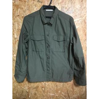 ユニクロ(UNIQLO)のユニクロ ミリタリーシャツジャケット カーキ L(ミリタリージャケット)