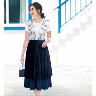 新品タグ付 Chesty 2wayフラワージャンパースカート 完売品♡(ロングスカート)