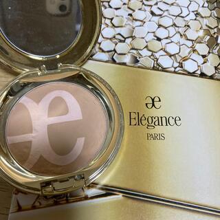 エレガンス(Elégance.)の大人気エレガンスパウダーファンデーション 明日昼過ぎ迄の出品となります!(ファンデーション)
