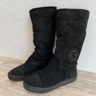シャネル(CHANEL)のCHANEL シャネル 美品ムートンブーツ 35 22センチ (ブーツ)