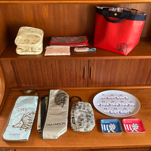 Lisa Larson(リサラーソン)のリサ・ラーソン 11点セット 保冷バッグ など 雑誌付録 インテリア/住まい/日用品の日用品/生活雑貨/旅行(日用品/生活雑貨)の商品写真