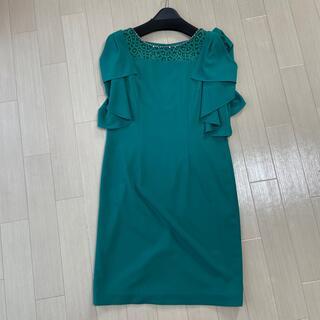 インディヴィ(INDIVI)の(美品)INDIVI パーティードレス 緑(ミディアムドレス)