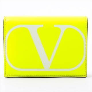 ヴァレンティノ(VALENTINO)のヴァレンティノ  レザー  イエロー ユニセックス コンパクトウォレット(財布)