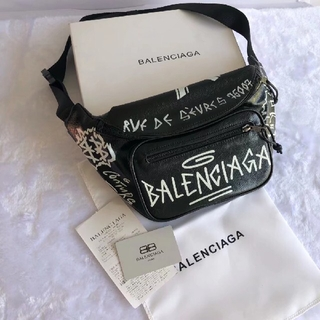 Balenciaga - ボディーバッグ ウエストバッグ