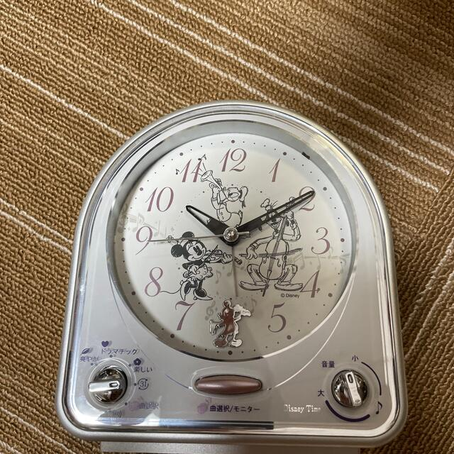 SEIKO(セイコー)のセイコー 目覚し時計 ディズニー ミッキー&フレンズ 31曲メロディアラーム インテリア/住まい/日用品のインテリア小物(置時計)の商品写真