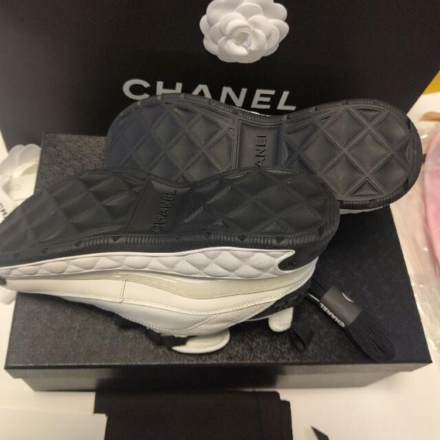 CHANEL(シャネル)のCHANEL♡入手困難大人気スニーカー♡ レディースの靴/シューズ(スニーカー)の商品写真