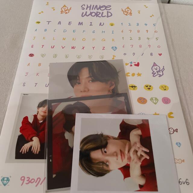 SHINee(シャイニー)のデコステッカー エンタメ/ホビーのタレントグッズ(アイドルグッズ)の商品写真