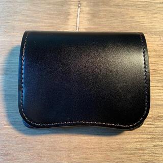 ガンゾ(GANZO)のワイルドスワンズ  サドルプルアップ ブラック パーム(折り財布)