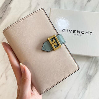GIVENCHY - ラスト1【新品】GIVENCHY ジバンシィ GV3 バイカラー 二つ折り財布