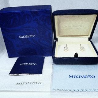 ミキモト(MIKIMOTO)の☆6月の誕生石パール☆MIKIMOTO K18YG アコヤ真珠 フックピアス (ピアス)