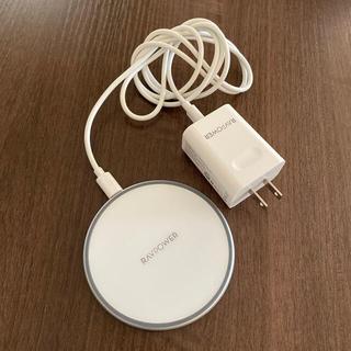 RAVPOWER ワイヤレス充電器(バッテリー/充電器)