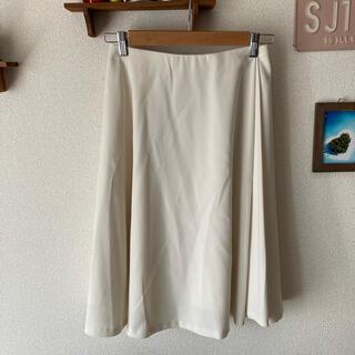 ロペ(ROPE)のROPE フレアスカート プリーツスカート オフホワイト(ひざ丈スカート)
