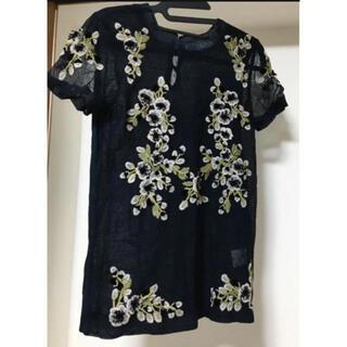 ヴァレンティノ(VALENTINO)のvalentino t shirt couture 刺繍チュールtシャツ(Tシャツ(半袖/袖なし))