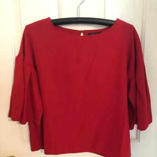 クリア(clear)の袖が可愛い赤のトップス(シャツ/ブラウス(半袖/袖なし))