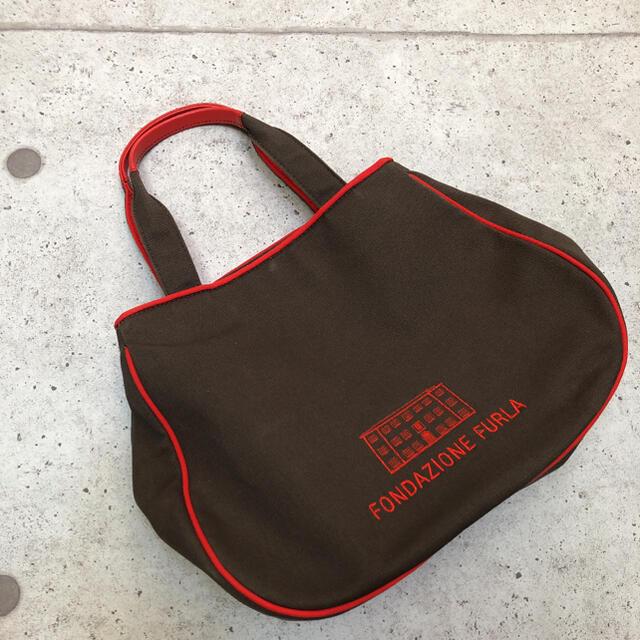 Furla(フルラ)のFONDAZIONE FURLA 布生地 ハンドバック フルラ レディースのバッグ(ハンドバッグ)の商品写真