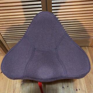 美品❗️ 馬具マットプレミアム 椅子 骨盤矯正 腰痛対策(座椅子)