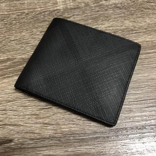 バーバリー(BURBERRY)の美品 バーバリー チェックデザイン 二つ折り財布 PVC ダークチャコール(折り財布)