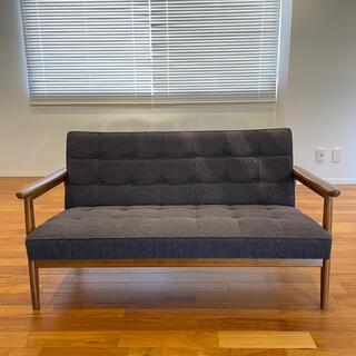 カリモクカグ(カリモク家具)のカリモク60・Kチェア(二人掛けソファ)