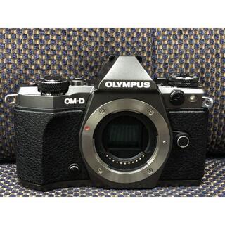 オリンパス(OLYMPUS)の1215限定 OLYMPUS OM-D E-M5 mark II Limited(デジタル一眼)