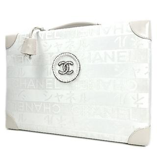 シャネル(CHANEL)のシャネル 銀座店限定 トランク キャンバス レザー 白  40800075603(その他)