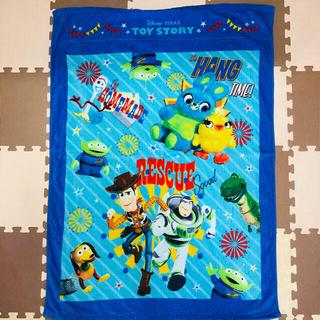 ディズニー(Disney)の新品♡お昼寝ケット♡トイストーリー♡2021年♡最新柄♡タオルケット♡制菌加工♡(タオルケット)