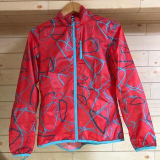 プーマ(PUMA)のプーマ ライトウエイトジャケット レディースMサイズ(ランニング/ジョギング)