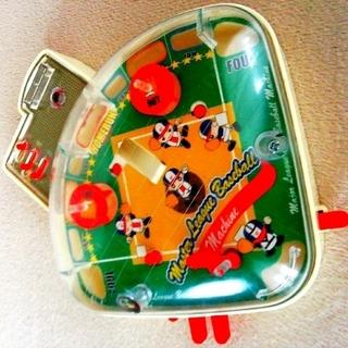 タカラトミー(Takara Tomy)の野球盤 野球盤ゲーム コンパクトなサイズ USEDの古い物です(野球/サッカーゲーム)