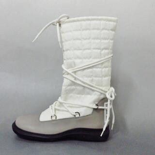 シャネル(CHANEL)のシャネル ブーツ 37 レディース 白×グレー(ブーツ)