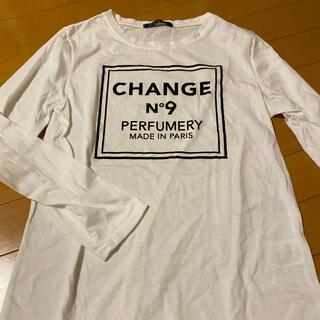 イング(INGNI)の長袖白Tシャツ(Tシャツ(長袖/七分))