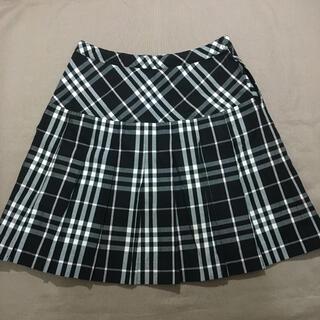 バーバリー(BURBERRY)のバーバリーロンドン プリーツスカート キッズ170A ブラック ノバチェック(ひざ丈スカート)
