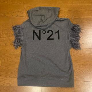 ヌメロヴェントゥーノ(N°21)のN°21 フェザーノースリーブフーディー(カットソー(半袖/袖なし))