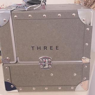 スリー(THREE)のthree メイクボックス 青山店限定 新品(メイクボックス)