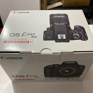キヤノン(Canon)のCanon EOS KISS X8i カメラ 初心者(デジタル一眼)