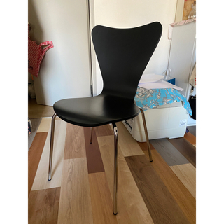 アルネヤコブセン(Arne Jacobsen)のセブンチェア 2脚セット 黒(テーブル/チェア)