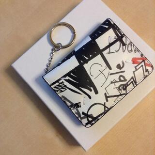 マルタンマルジェラ(Maison Martin Margiela)の新品 19aw マルジェラ カード入れ パスケース キーリング 白 620(財布)