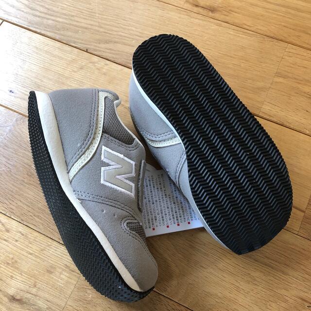 NIKE(ナイキ)の【kaz様専用※箱なし】ニューバランス グレー 16.5cm キッズ/ベビー/マタニティのキッズ靴/シューズ(15cm~)(スニーカー)の商品写真