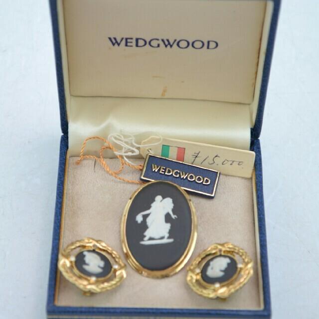 WEDGWOOD(ウェッジウッド)の【USED品】WEDGWOOD ウェッジウッド イヤリング ブローチ レディースのアクセサリー(ブローチ/コサージュ)の商品写真